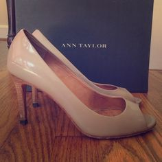 Ann Taylor Perfect Peeptoe Pump Tan Patent Leather Ann Taylor Perfect Peeptoe Pump in Nude Tan Patent Leather. Size 6. Original box included. I used to wear these quite a bit so they have a bit of wear, but are still super comfortable and I think have a lot of life left in them. Some scuffs in the patent leather, a nick on the front row of the left shoe, nick on back of heel of right shoe  are the most significant signs of wear. Please see photos or ask more questions if you'd like more…