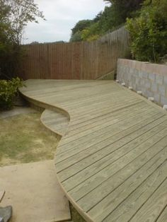 Beautiful curved deck.