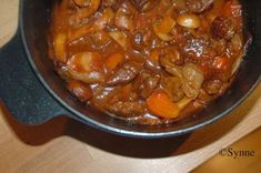 """Dette er middagen som """"nesten"""" lager seg selv, litt forarbeid er det med å kutte opp grønnsaker og kjøtt og la det få en liten omgang... Vikings, Pot Roast, Stew, Chili, Nom Nom, Food Porn, Food And Drink, Tasty, Meat"""