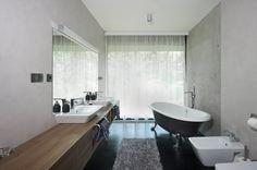 Prohlédněte si fotky realizací z dílny nejlepších českých interiérových designérů a architektů zcela zdarma. Clawfoot Bathtub, Showroom, Bathroom, Design, Washroom, Full Bath, Bath, Bathrooms