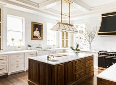 Greenwich, CT historic home renovation project featuring bold color. Traditional Interior, Traditional House, Traditional Bedroom, Luxury Interior Design, Interior Design Kitchen, New Kitchen, Kitchen Decor, Kitchen Wood, Kitchen Ideas