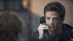 The Flash Season 1 Episode 3 : Thing You Can't Outrun. Storyline : Barry and the team go after the Mist, who possesses toxic gas powers, and they reflect on the night Caitlin's fiancé died. Meanwhile, Henry gets a long-awaited visit from Joe, and Iris and Eddie continue to keep their romance a secret from Joe.