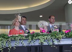 Kate Middleton retrouvait la princesse Mary de Danemark, venue avec son époux le prince Frederik, le 15 juin 2016 au Royal Ascot.
