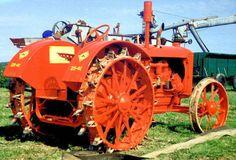 Allis-Chalmers 25-40 Antique Tractors, Vintage Tractors, Old Tractors, Vintage Farm, Allis Chalmers Tractors, Case Tractors, Old Farm Equipment, Steel Wheels, Steam Engine