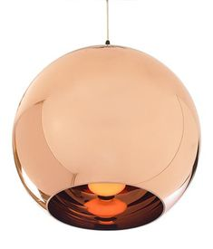 COPPER SHADE PENDANT LAMP Lighting designer Tom Dixon released this pendant lamp in 2006 at the Milan Furniture Fair. The shade is constr...
