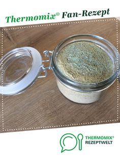 Homemade salad seasoning- Salad spice homemade by A Thermomix ® recipe from the Basic Recipes category www.de, the Thermomix ® community. Salad Recipes No Meat, Salmon Salad Recipes, Pork Chop Recipes, Apple Recipes, Fall Recipes, Smoothie Recipes, Avocado Recipes, Potluck Salad, Cupcakes