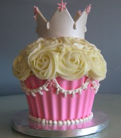 A giant cupcake fit for a princess!