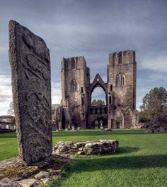elgin cathedral | Elgin Cathedral--Scotland | Merry Ole England