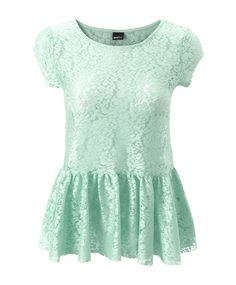 Mint and lace in a cute combination