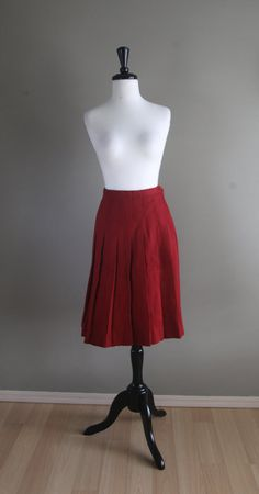 1960s Vintage Burgundy Pleat Calf Length Wool Skirt / Maroon Dark Brick Red / Fall Autumn Winter / Rockabilly Mod Pinup Preppy 1950s