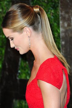 The ponytail hairstyles are the most radiant hairstyles for ladies. They are basic and will make ladies quite a long while more youthful. For a modern office look, you should go for a glamour ponytail hairstyle which will without a doubt present to you a simple and cute hairstyle.