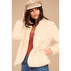Marian Cream Faux Fur Jacket ($69) ❤ liked on Polyvore featuring outerwear, jackets, white, fitted jacket, white faux fur jacket, fleece-lined jackets, white collarless jacket and white fitted jacket