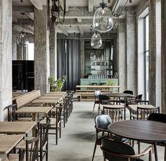 Restaurant 108 bij Noma chef Rene Redzepi, located in Copenhagen. Interior design by Space Copenhagen. Cafe Restaurant, Restaurant Design, Cafe Bar, Restaurant Interiors, Copenhagen Restaurants, Top 10 Restaurants, Hotel Henriette Paris, Best Interior, Interior Design