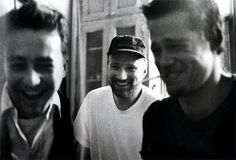 Edward Norton, David Fincher and Brad Pitt on the set of Fight Club