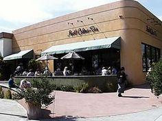 Peet's Coffee + Tea : Shopping on Fourth Street in Berkeley, California