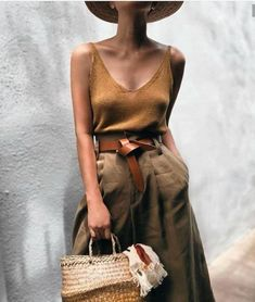 all about these safari style basics Caramel, Mesh, Canvas, Leather, Clothes, Linen Dresses, Fashion, Straw Bag, Zara
