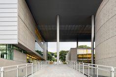 Brasiliana Library / Rodrigo Mindlin Loeb + Eduardo de Almeida