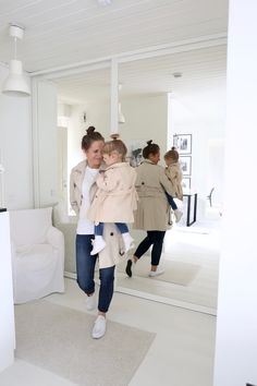 Homevialaura   classic and casual style   where to find the best t-shirts   mother and daughter twinning