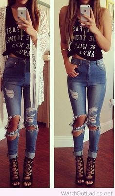Jeans with cuts, tee with message and lace cardigan