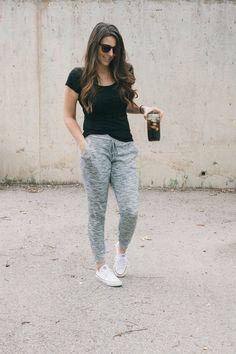 How to Wear Sweatpants Fashionably waysify