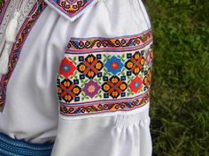 Textiles, Vera Bradley Backpack, Needlework, Cross Stitch, Embroidery, Crochet, Blog, Shirts, Flowers