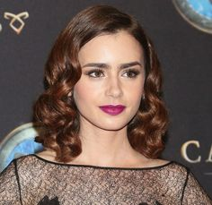 Lily Collins Hair Tutorial: How to Get Wavy Hairstyles for Medium Length Hair?