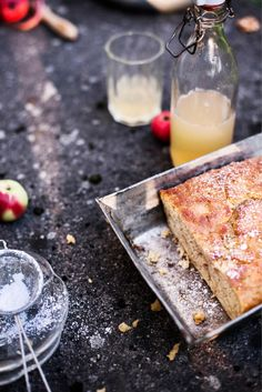 Omena-inkiväärikakku Coffee Cake, Banana Bread, Brownies, Cheesecake, Sweet, Desserts, Recipes, Cup Cakes, Foods