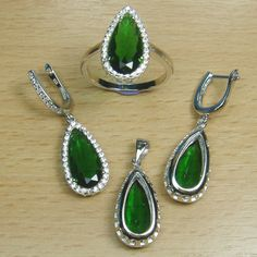 Pear Cut Emerald Green White CZ 925 Sterling Silver Jewelry Set