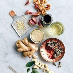 Рецепты соусов и приправ от Джейми Оливера Hummus, Dairy, Ethnic Recipes, Food, Essen, Meals, Yemek, Eten