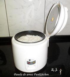 À tds aqueles (as) que passarem por aqui...   E foi assim...        Eu tinha 1 panela de arroz, hj eu tenho 2 rsrs  Bom é o...