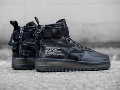 "chromet: "" Nike Special Field Air Force 1 Via havenshop "" Sock Shoes, Shoe Boots, Air Force One Shoes, Air Force 1 Mid, Nike Af1, Sneaker Boots, Custom Shoes, Nike Shoes, Nike Sneakers"