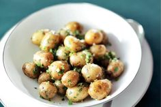 This recipe for Parmesan potatoes with pesto sauce elevates these roasted Creamer potatoes to a new taste dimension! Makes a delicious, decadent side dish.
