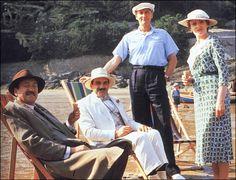 agatha christie, hastings, and hercule poirot image Hercule Poirot, Agatha Christie's Poirot, Detective, Death In The Clouds, Crime, David Suchet, Films Cinema, Miss Marple, Murder Mysteries