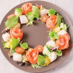 Salad Presentation, Low Carb Recipes, Cooking Recipes, Food Garnishes, Christmas Snacks, Happy Foods, Daily Meals, Savoury Cake, Food Design