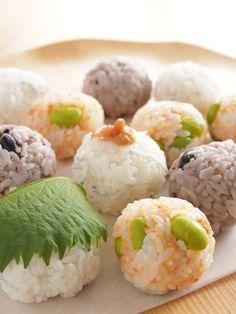 ころころおにぎり2種(しらす&梅、鮭&枝豆、) by 玉田 悦子 ...