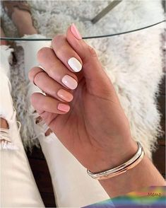 Sydne Style shows spring 2020 nail trends with ombre nails by angel food style Sydne Style Summer Acrylic Nails, Best Acrylic Nails, Spring Nail Trends, Spring Nails, Winter Nails, New Nail Trends, Nail Color Trends, Fall Nails, Hair Trends