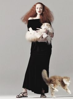 'Graceful Elegance' - Karen Elson looks a whole lot like Grace Coddington in a shot lensed by Steven Meisel and styled by Grace herself for the August 2008 issue of American Vogue