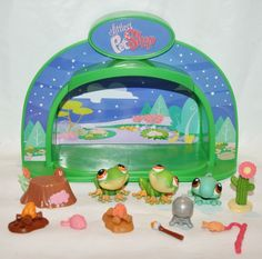 Littlest Pet Shop Light Up Camping glamping plus pets and acessories LPS lot