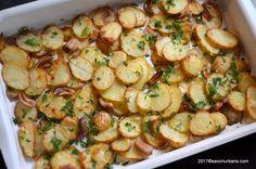 cartofi noi cu usturoi la cuptor reteta savori urbane