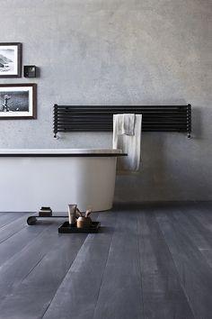 grzejnik poziomy w łazience - w tym kierunku idziemy :)
