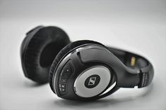 A headphone is a sound output device with a design that allows it to be directly positioned or mounted on the ear. Good Quality Headphones, Headphones Online, Best Headphones, Music Headphones, Noise Cancelling Headphones, Bluetooth Headphones, Over Ear Headphones, E Commerce, Smartwatch