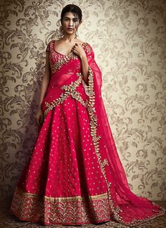 Pink Silk Zari Lehenga Price: INR Featuring grandeur pink Paris silk zari embroidered lehenga set enhanced with intricate embroidered foliage designs and sequin work. It is paired with matching… Lehenga Saree Design, Half Saree Lehenga, Lehnga Dress, Red Lehenga, Party Wear Lehenga, Anarkali, Lehenga Designs Latest, Half Saree Designs, Saree Blouse Designs