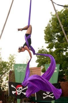 The Oregon Shakespeare Festival. 2011. Green Show.  The Curtain Climbers Aerial Dance Company. Photo: Jenny Graham.