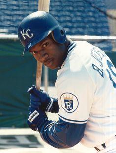 "ESPN Sport Science names Bo Jackson ""Greatest Athlete of All Time"" Kc Royals Baseball, Baseball Star, Baseball Photos, Baseball Players, Mlb Teams, Sports Teams, Bo Jackson, American League, Kansas City Royals"