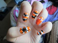 DIY halloween nails: DIY Halloween nail art : Halloween nails