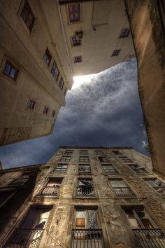The sky from the streets of Lisbon.