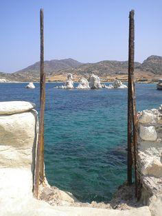 ancient ruins of Ellinika Aspragremna, Kimolos, Cyclades , Greece Mykonos, Santorini, Places To Travel, Places To See, Paros, Ruined City, Temple Ruins, Places In Greece, Castle Ruins