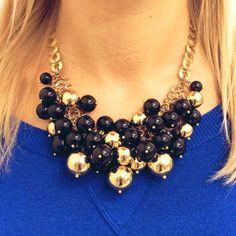 Collana €112 Spedizione gratuita  #manlioboutique Info: WhatsApp 329.0010906 #gold #necklace #black #pearls #accessories