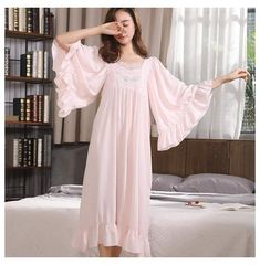 Vintage Nightgown, Lace Nightgown, Nightgown Pattern, Night Dress For Women, Bridal Robes, Sleepwear Women, Mode Inspiration, Fall Dresses, The Dress