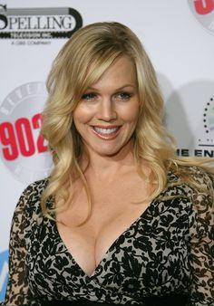"""Dieser Star hat sich getraut! Was als """"Blind Date"""" begann, endete nun vor dem Traualtar! Dieser """"Beverly Hills, 90210""""-Star ist jetzt (wieder) unter der Haube ..."""